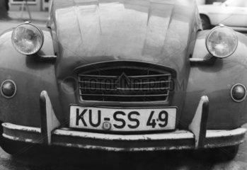 Nummernschild: Kuss