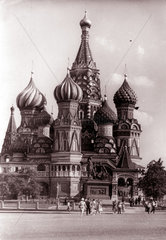 Moskau Roter Platz fuenziger Jahre Petersdom