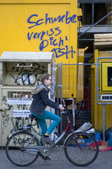 Graffiti Schwabe verpiss Dich