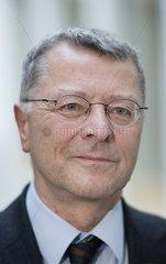Dr. Rolf-Ulrich Schlenker  Barmer