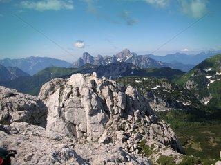 Alpen ueber den Wolken