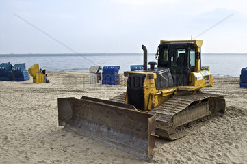 Bagger am Strand