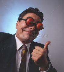 Mann mit Tomaten auf den Augen Nr.2