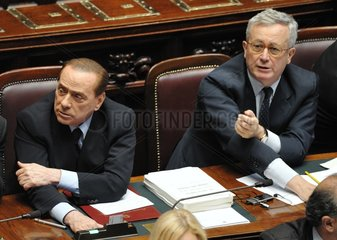TITLE : ITALY-PARLIAMENT-AUSTERITY PACKAGE-APPROVAL