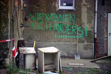 Wir koennen auch anders - Politgraffiti in Thueringen in der ehemaligen DDR..