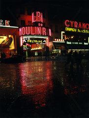 Frankreich - Paris - Moulin Rouge bei Nacht