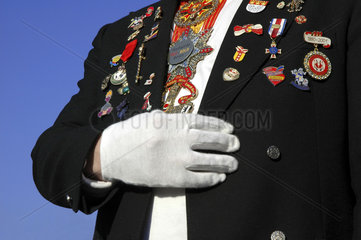 Orden behangene Uniformsjacke