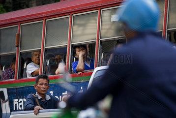 Strassenverkehr in Bangkok