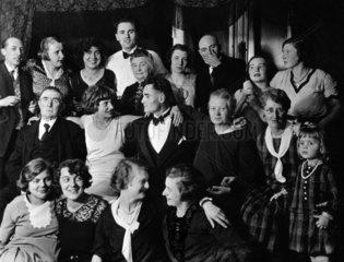 Gruppenfoto auf der Familienfeier