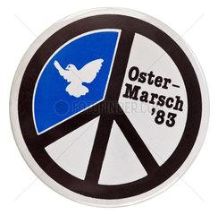Ostermarsch 83  Button der Friedensbewegung  1983