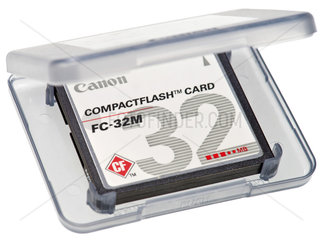 alte CompactFlash Speicherkarte  2002