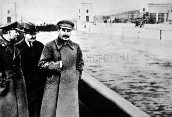 Stalin (1879-1953) mit Molotow