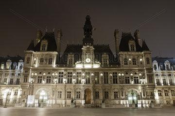 France  Paris  Hotel de Ville illuminated at night