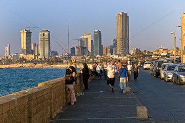 Ufer Promenade