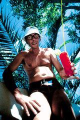 Mann Trinken Palme
