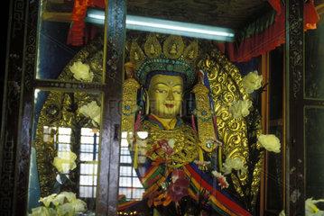 Buddhafigur in einem Kloster
