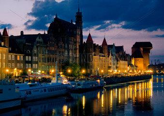 Polen - Pommern: Danzig - Gdansk bei Nacht