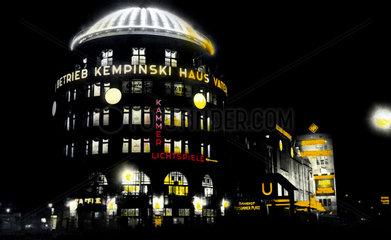 D-Berlin  Haus Vaterland ca. 1920