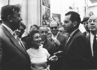 Richard Nixon im Gespraech