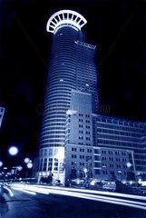 DZ Bank Turm in Frankfurt am Main bei Nacht
