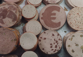 Wurstscheibe mit Eurozeichen