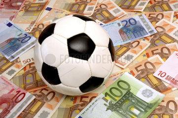 Fussball bringt Geld
