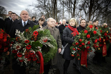 Communists and Socialists commemorate Liebknecht and Luxemburg