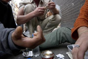 Drogensuechtige in Frankfurt waehrend der IAA