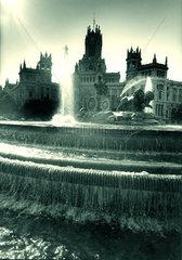 Spanien - Madrid - Brunnen vor dem Palacio de Comunicaciones