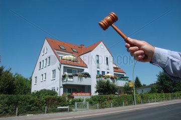Wohnhaus unterm Hammer