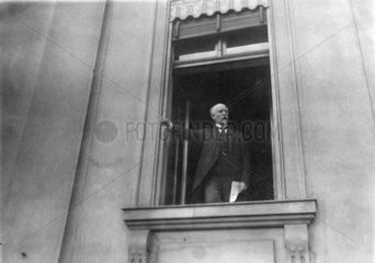 Philipp Scheidemann  Weimar Ausrufen der Republik
