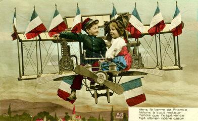 2 Kinder im Flieger  1900