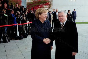 German Chancellor Angela Merkel and Polish Prime Minister Jaroslav Kaczynski