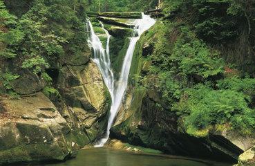 Polen - Schlesien: kleiner Wasserfall an der Kochel - Kochelfall