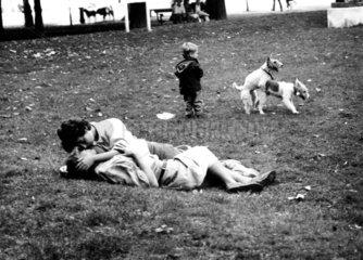 Liebesszenen im Park
