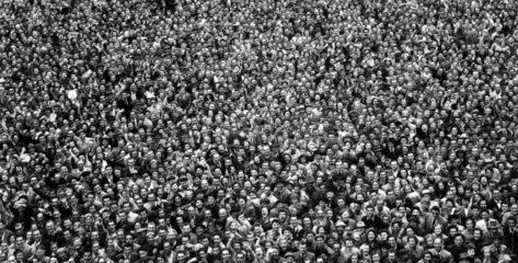 froehliche Menschenmenge 1954