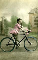 Maedchen Fahrrad