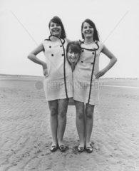 drei Frauen machen Spass