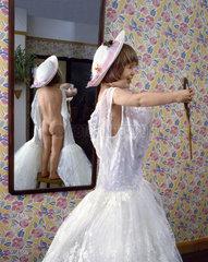 Kind im weissem Kleid Nr.5