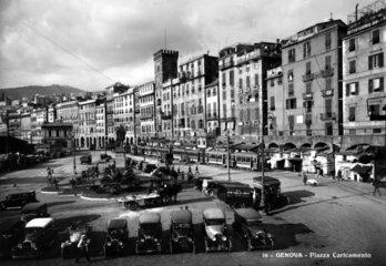 Genova - Piazza Caricamento