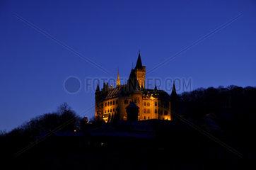 Schloss in der Abenddaemmerung