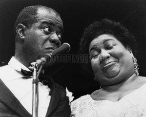 Louis Armstrong + Saengerin