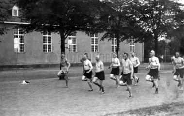 Maenner joggen