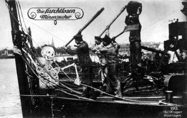 Skelett auf Minenschiff