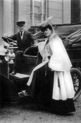 Miss Kitty Gordon Frau Chauffeur