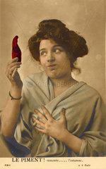 Frau mit Spitzpaprika ist uebel