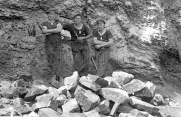 Drei Steinmetze