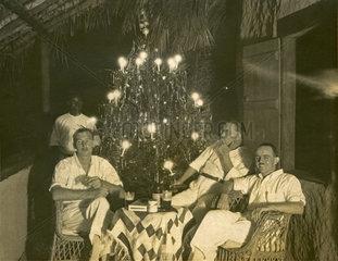 Weihnachtsfeier in den Tropen  1929