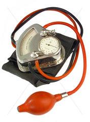 altes Blutdruckmessgeraet  um 1935