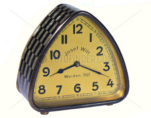 Uhr  um 1927